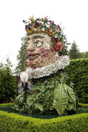 Colossal Head Sculptures Grace New York Botanical Garden In Bronx