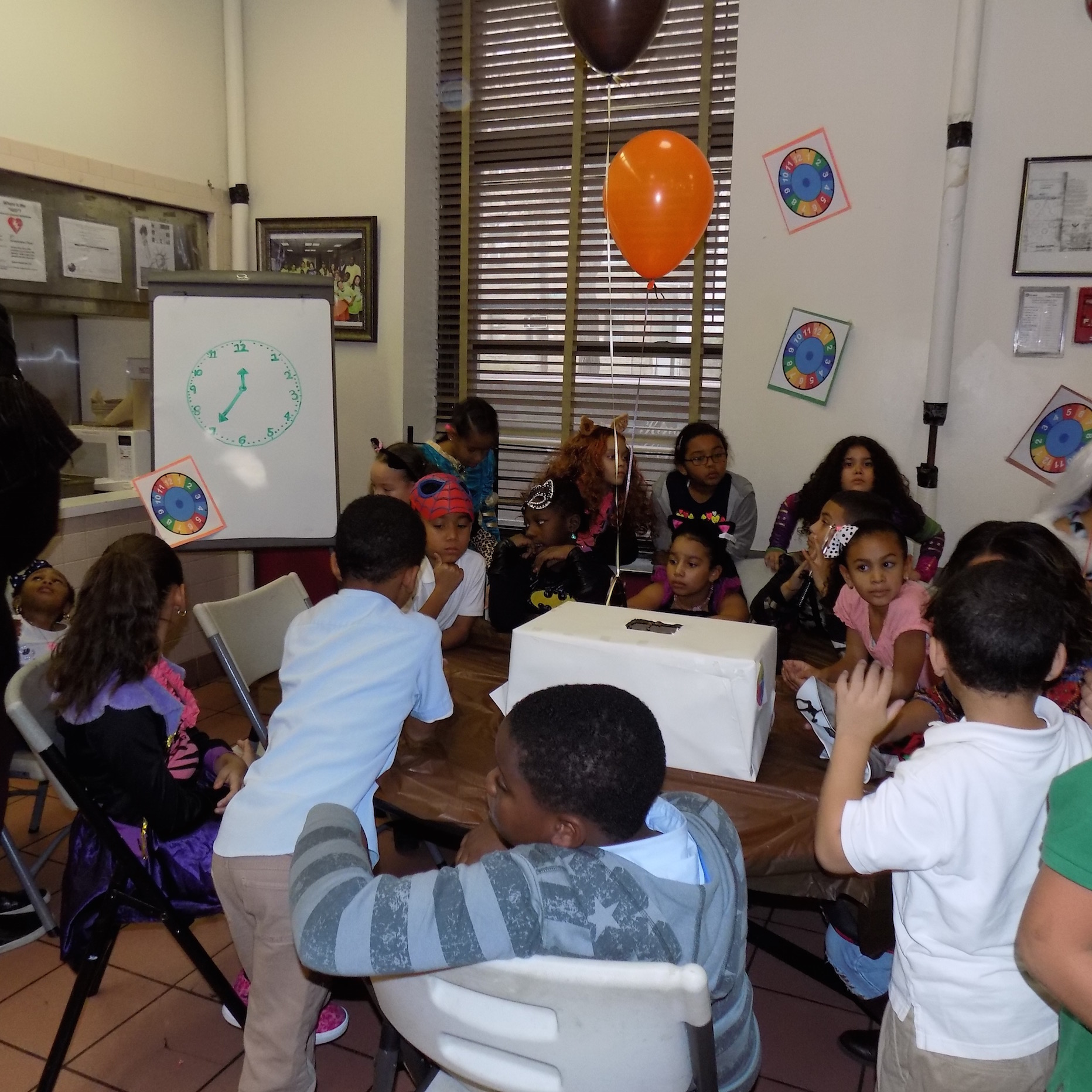 Watch Retailer Provides Bronx-Based Community Center With Time Learning Workshop And Free Watches For Children