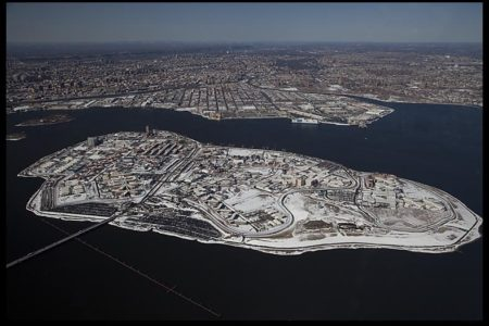 Rikers Island Guards Charged With Inmate Beating, Coverup