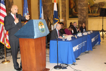 "Borough President Diaz Co-Hosted ""Homeless Awareness Roundtable"""