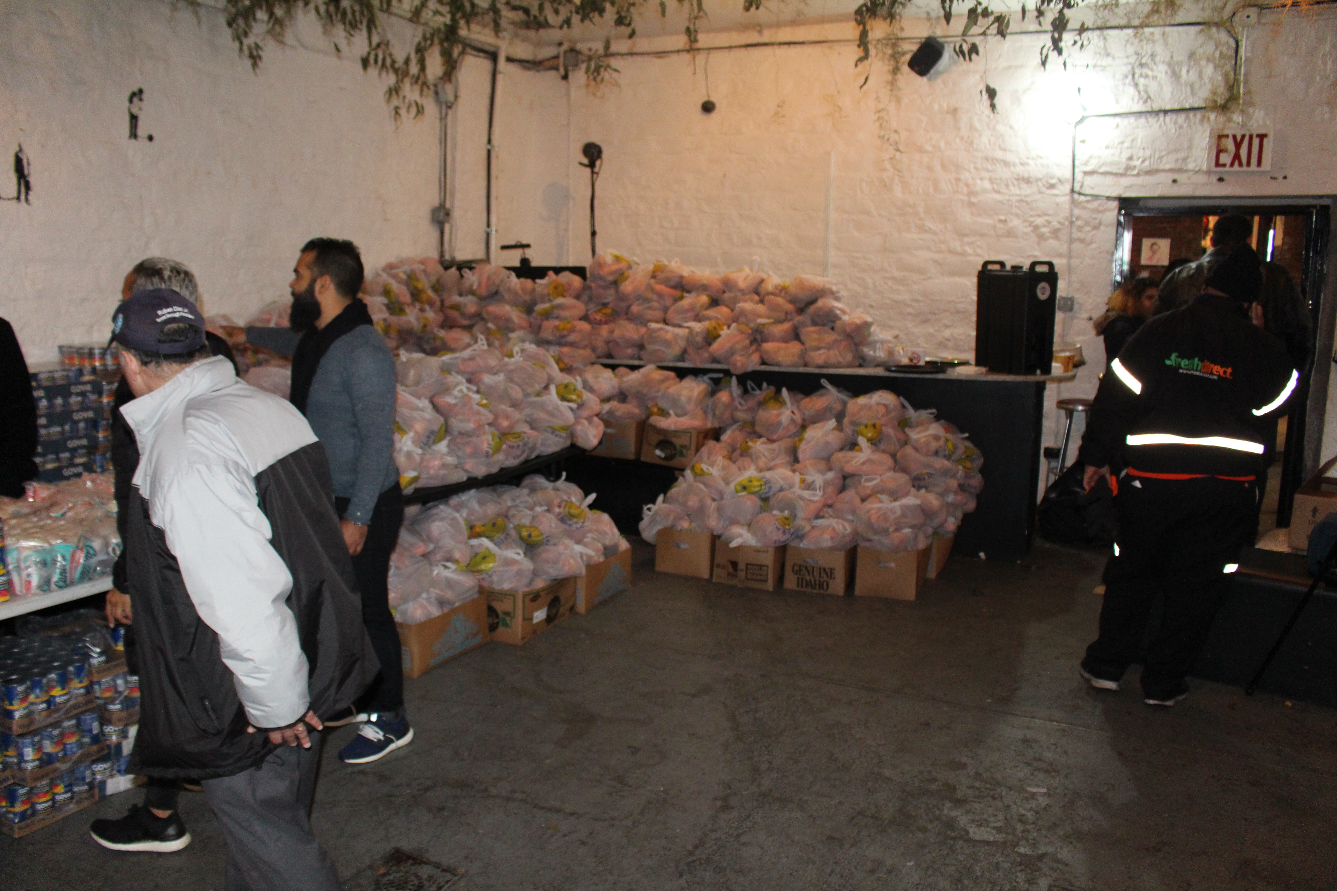 BP Diaz Delivers Thousands Of Thanksgiving Meals To Bronxites In Need