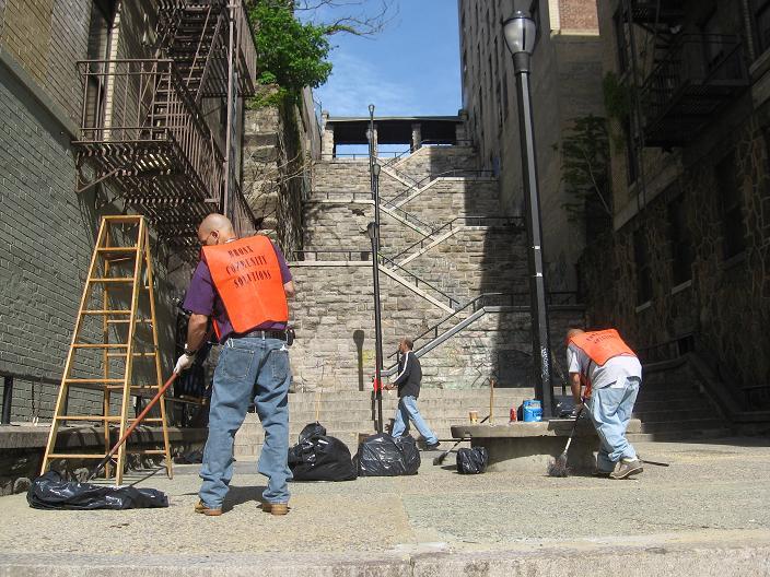 Non-violent Bronx offenders serving.