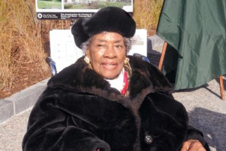 Estella Diggs Passes At 97