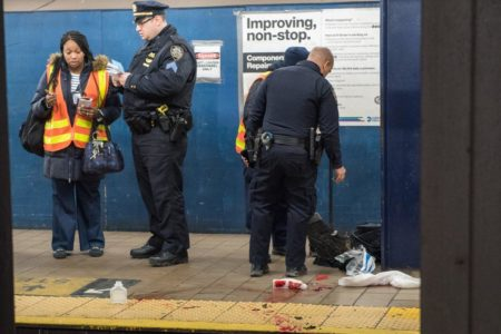 Man, 63, Struck By Bronx-Bound Train After Fainting On Subway Tracks