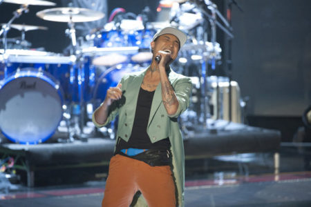 Jamar Rogers Singing On The Voice