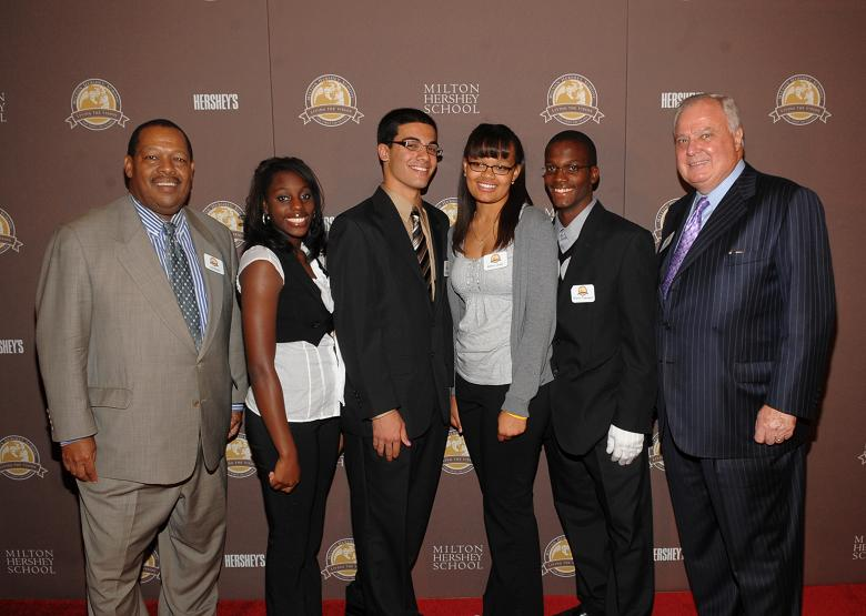 James Nevels, Rachael Knight, Arman Asemani, Brittany Queen, Sharron Townsend, LeRoy Zimmerman