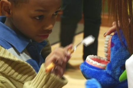 Dentists Teach Oral Hygiene To Bronx Kids