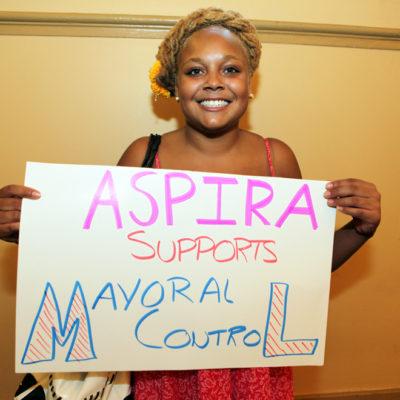 Hundreds Support Mayoral Control