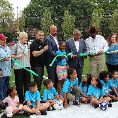 Ribbon Cutting At Parque De Los Niños