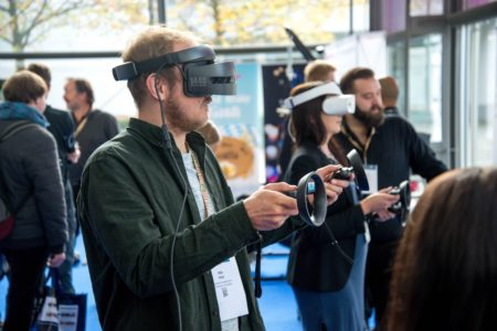 Top 2019 VR Trends Worth Knowing About
